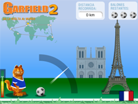 Garfield joue au foot